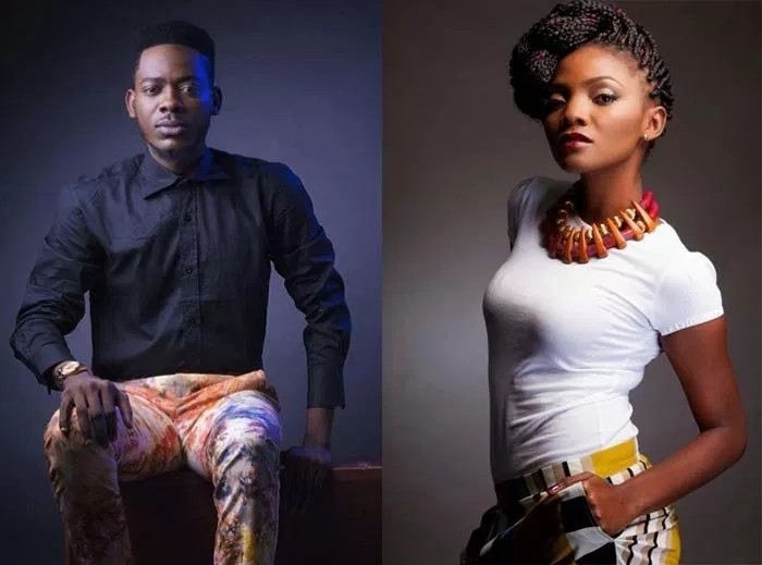 Watch Simi Kneels Down Before Adekunle Gold On Stage